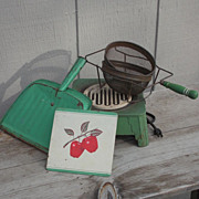 SALE Art Deco Green Decorator Ensemble Hot Plate, Dust Pan, Hot Pad and Green Handled Strainer
