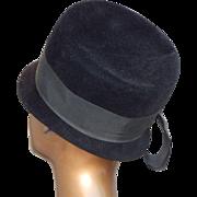 SALE Vintage Womens Peachbloom Velour Merrimac Fur Cloche Black Hat Size 22 1/2