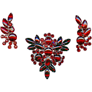 Scarce Vintage Juliana D&E Red Rhinestone Triangular Brooch and Earring Set