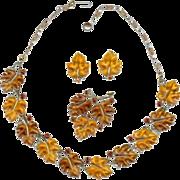 Vintage Autumn Lisner 1950's Lucite Amber Oak Leaf Necklace Earrings Brooch Set