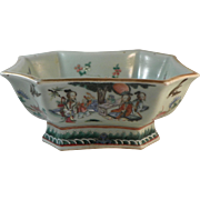 Chinese Porcelain Bowl.  19th Century
