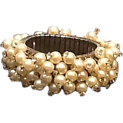 "Vintage ""Cha Cha"" Pearl with Rhinestones Dangle Bracelet"