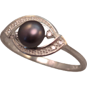 SALE Sterling Silver and Black Freshwater Pearl Ring size 9.25