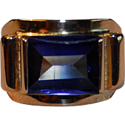French Art Deco 1930 18k Gold Synthetic Sapphire Ring