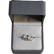 Vintage French 18k White Gold & Platinum Ring in the Shape of Knot