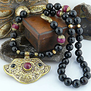 Rich Artisan Onyx and Faceted Pink Jade Necklace in Brass with Double Chased Jeweled   Nepales