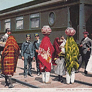 PHOTOGRAPH POST CARD PUEBLO WOMEN SELLING POTTERY AT TRAIN STOP