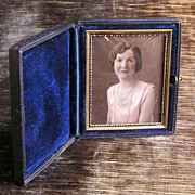 SOLD 1920's Opalotype Portrait on Milk Glass by Morrall, Rochester NY