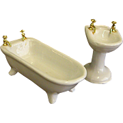Porcelain Dollhouse Bathtub and Sink