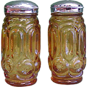 L. E. Smith Moon and Stars Amber Salt and Pepper Shakers