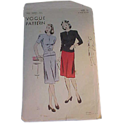 REDUCED 1940s Vogue Skirt and Jacket Pattern Size 12