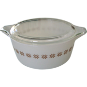 SALE Pyrex Town & Country 2 1/2 Qt Casserole with Lid