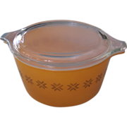 Pyrex Town & Country Orange Casserole with Lid 1 Qt