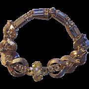 Lovely Rhinestone Heart Leaves Gold tone Bracelet