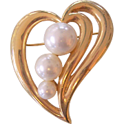 Assymetrical Heart Brooch Faux Pearls in Gold tone