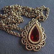 SALE Beautiful Avon Grenada Victorian Revival Necklace