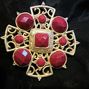SALE Beautiful Faceted Cranberry  & Matte Gold plated Pin/Brooch