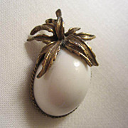 SALE Most Unusual & Unique Classic Anemone White Brooch/Pin