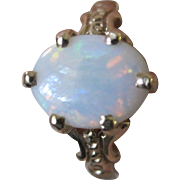 SALE Estate Vintage 14K YG Oval Opal Ring