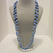 SALE Lovely Vintage Periwinkle Plastic beaded Necklace