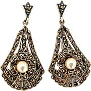 Lovely original art deco marcasite earrings, sterling silver and faux pearl
