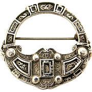 Vintage celtic brooch in sterling silver