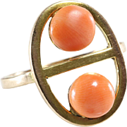 Retro Coral Cocktail Ring | 9K Yellow Gold | Vintage Cabochon Salmon