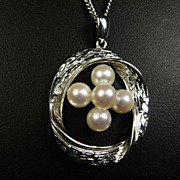 """""""Mikimoto"""" signed Cultured Pearl and Silver Pendant Necklace"""