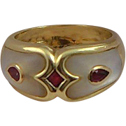 Vintage 14K Gold Ruby & Mother Of Pearl Band Ring