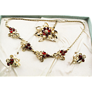 Vintage New In Box Grand Parures Necklace, Brooch Earrings In Gold Metal With Red Rhinestones