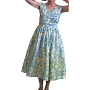 Vintage 1950's Summer Acetate Fabric Two Color Full Skirt Dress