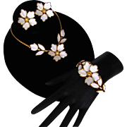 TRIFARI 1951 Dogwood Poured Glass Flower Necklace Earrings Bracelet SET