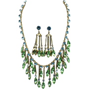 Early CORO  Green Rhinestone Dangle Drop Necklace Earring SET Gorgeous