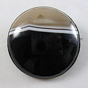 Victorian Banded Agate Brooch