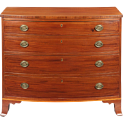 American Federal Bowfront Antique Chest of Drawers, Mid-Atlantic States c. 1790
