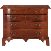 American Chippendale Oxbow Chest of Drawers, Massachusetts c. 1770-90