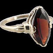 Vintage 1970's Ladies Garnet Cat's Eye Ring in Fine Gold
