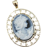 Vintage Cameo in Black and White Layered Stone