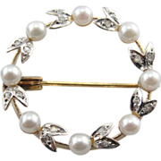 Art Nouveau Circle Pin, Retro Wreath Pin with Great Details, Pretty Pearls