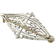 Pearl Center Art Deco White Gold Lace Filigree Pin