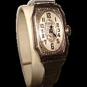 14 KT White Gold Art Deco Gruen Ladies Etched Wristwatch