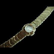 Vintage 14 Kt Gold Ladies Cresent Moon Bracelet Wristwatch 17 Jewel Mechanical Swiss La Femme