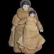 Mother & Child Dolls House China Dolls c1900