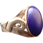 14kt Gold Classically Styled Lapis Ring