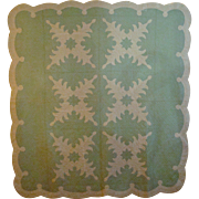 Beautiful 20th Century Hawaiian Style Quilt with Scalloped Edge.