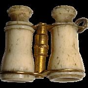 Miniature binoculars for FF doll