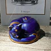 Curio Cabinet Cat - Limoges Style Porcelain - Franklin Mint - ca. 1986-88
