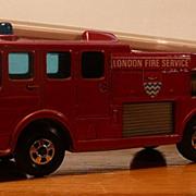 Matchbox #35c - Merryweather Fire Engine - SFW - ca. 1967-1970