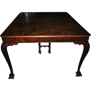 Exquisite Antique Walnut Chippendale Style Ball & Claw Ft Dining Table