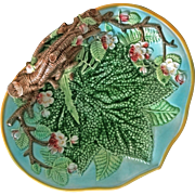 Mottahedeh Majolica Leaf Twig Handled Tray / Plate - 20th Century, Italy